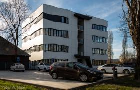 Adminstratívna budova v Bratislave – Foto (c) Peter W. Haas11