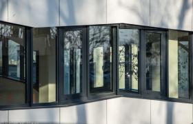 Adminstratívna budova v Bratislave – Foto (c) Peter W. Haas20
