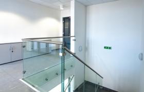 PWH_Adminstratívna budova v Bratislave – Foto (c) Peter W. Haas-w8002
