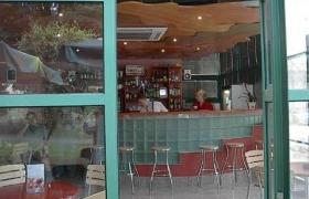 Interiér kaviarne 3café1