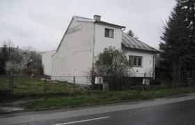 Susedný dom pred realizáciou