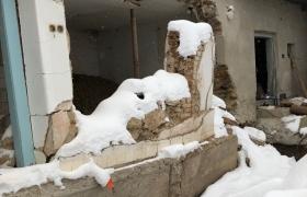 Stav domu - február 2018 - vidieť zbortené steny