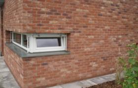 Detail rohového okna