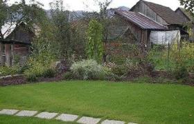 Súkromná záhrada v obci Medzibrod2