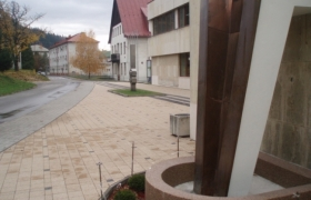 Výtvarný návrh plochy pri KD Podbrezová1