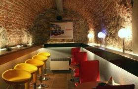 Wine & music bar Lucerna12